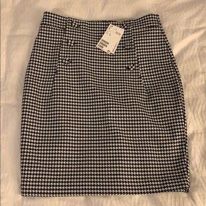 NWT H&M Gingham Black & White Pencil Skirt- Size 2
